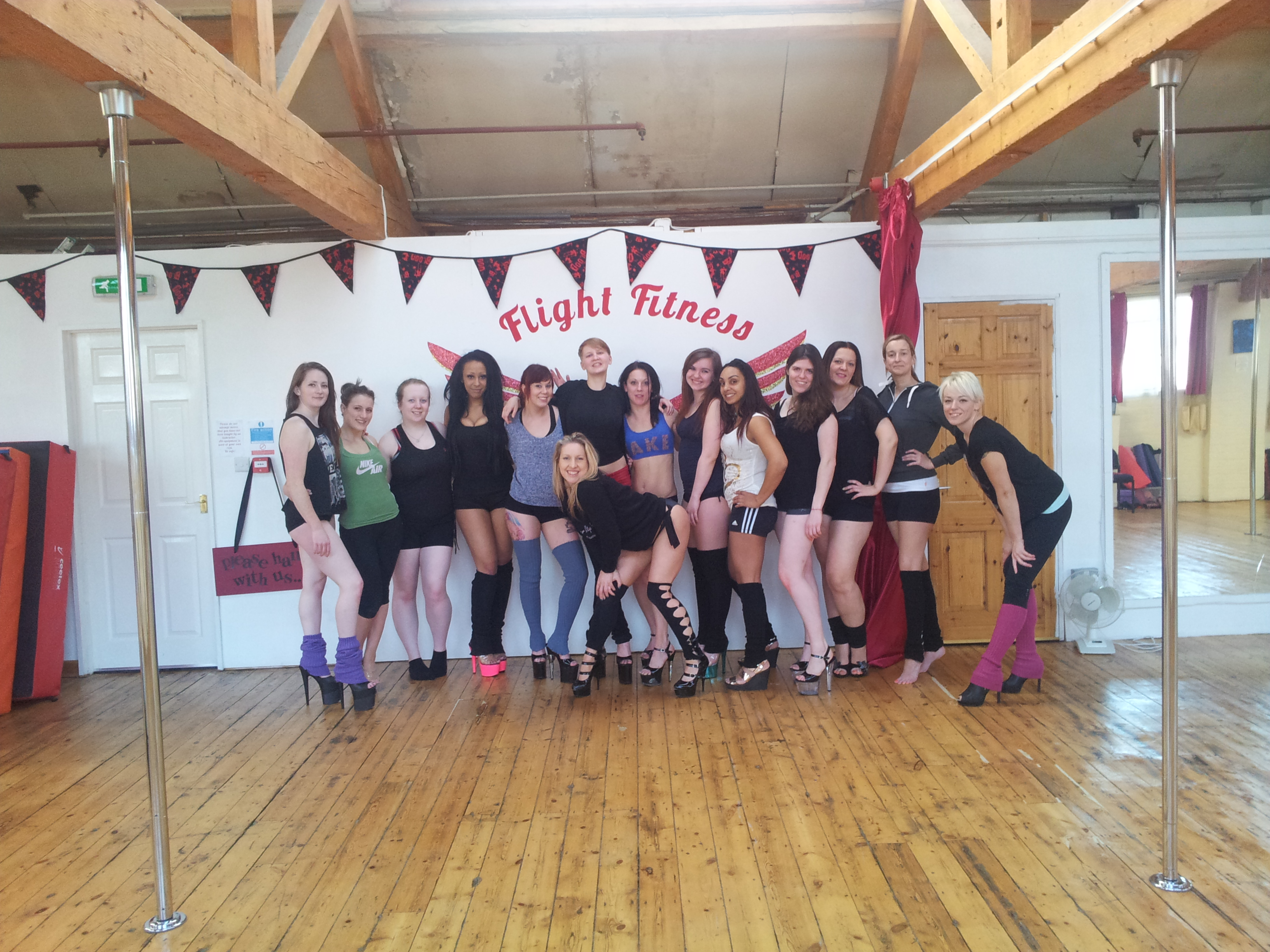 Jamie Taylor Masterclasses flight fitness leicester learn to pole dance leicester